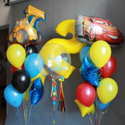 Композиция на День рождения мальчику с машинками