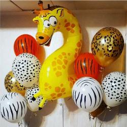 Фонтан с 2й жирафом